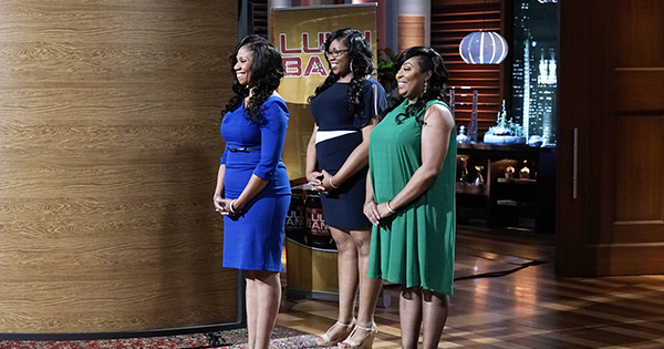 """SHARK TANK - """"Episode 805""""- After a young man applied four times to be on """"Shark Tank,"""" he and his business partner from Carrollton, Texas, get a chance to pitch a gimmicky business that delivers an unusual twist to a common vegetable; a Shark proclaims the taste of a unique barbeque sauce inspired by the mother of two sisters from Philadelphia, Pennsylvania, """"could bring a tear to a glass eye."""" Two millennial entrepreneurs have come up with an idea to alleviate the hassle of luggage and packing when travelling; and a biochemist from Chapel Hill, North Carolina, can make the invisible visible with a device ensuring one is always protected from the sun. Also, an update from Melissa and Rick Hinnant and their Grace & Lace accessory line, which Barbara Corcoran invested in during season five, on """"Shark Tank,"""" airing FRIDAY, OCTOBER 28 (9:00-10:01 p.m. EDT), on the ABC Television Network. (ABC/Michael Desmond) ASHLEY BEARD, KELLY BEARD, JORRAE BEARD (JOYCE'S LULU BANG)"""